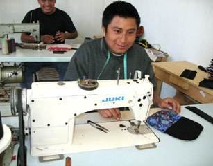 De Colores Artisan - Sewing a Smile