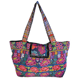 Guatemala Chichi Shoulder Bag   Measures 20 wide x 12 high with an 12 drop