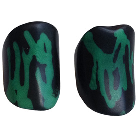 Black and Green Tagua Ring Made in Ecuador SIze 6, 7, 8 and 9. Rings are a natural Product Dimensions will vary
